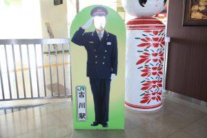 東北新幹線古川駅の顔ハメパネル